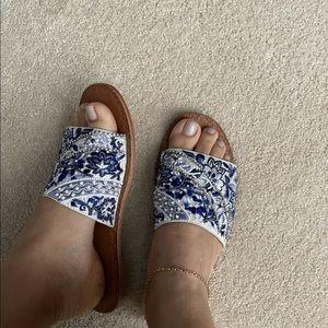 Camilla Slides, size 37